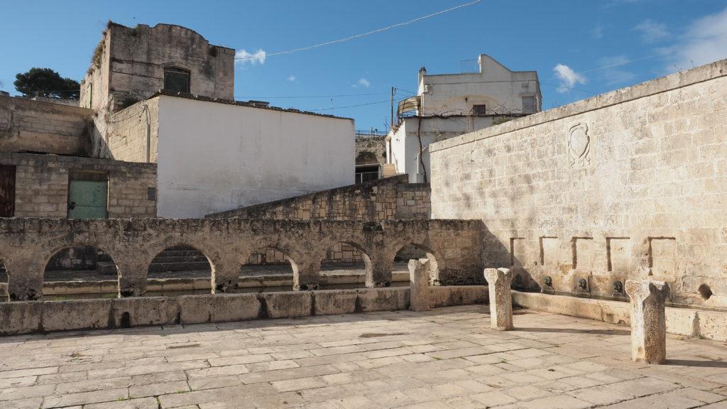 Fontana medioevale di Laterza